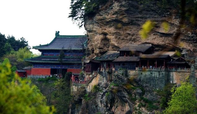 wudang-mountain-04-lupita-950x550.jpg